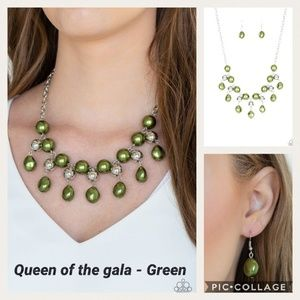 Queen of the gala Green Necklace